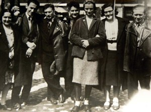 Natja Catalan, Tibor Weiner, Philipp Tolziner, Konrad Püschel, Margarete Mengel, Lilya Polgar, Anton Urban: membros do grupo de Meyer, meados dos anos 1930